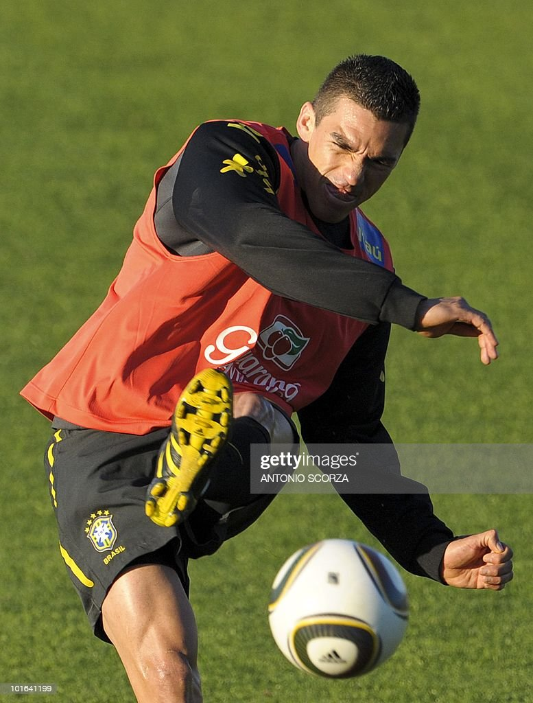 Brazil's defender Lucio controls the ball during a training session at the Randburg High School on June 5, 2010 in Johannesburg. The team is preparing to compete in the 2010 World Cup in South Africa. AFP PHOTO / ANTONIO