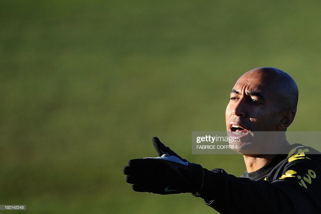 Brazil's defender Luisao gestures during a training session at the Randburg Hight School on June 16, 2010 in Johannesburg during the 2010 World Cup football tournament in South Africa.