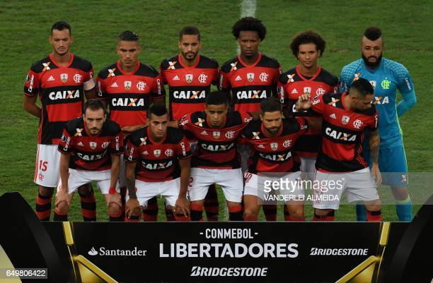 Brazil's Flamengo footballers pose for pictures before their Libertadores Cup football match against Argentina's San Lorenzo at the Maracana stadium...