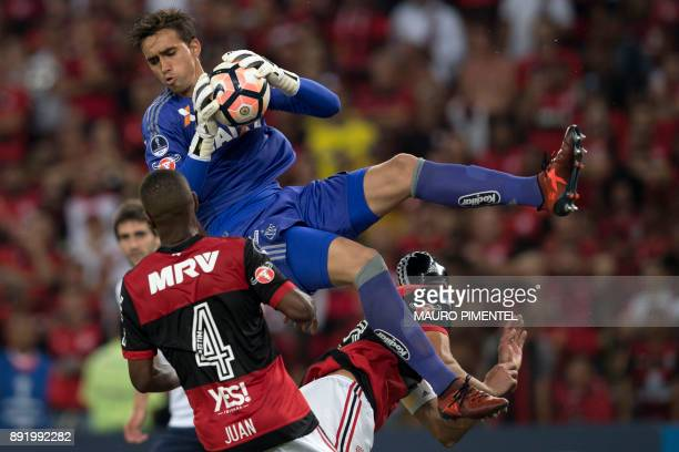 Brazil's Flamengo player Cesar jumps for the ball during a match against Argentina's Independiente during the 2017 Sudamericana Cup football final at...