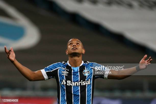 Brazil's Gremio David Braz reacts during the closed-door Copa Libertadores round before the quarterfinals football match against Paraguay's Guarani...
