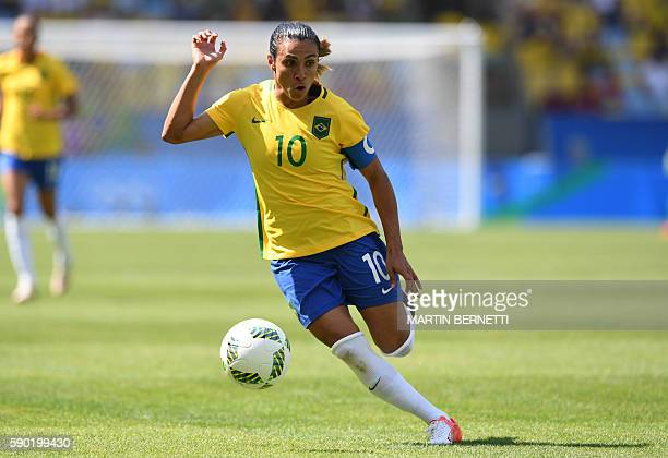 Brazil's Marta dribbles during the Brazil vs Sweden game at the Maracana stadium during the Rio 2016 Olympic Games football tournament on August 16...