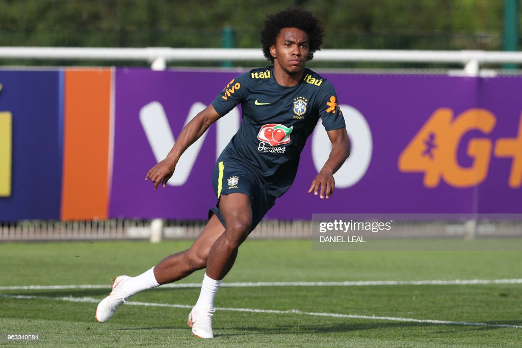 Brazil's midfielder Willian takes part in a training session at Tottenham Hotspur's Enfield Training Centre, north-east of London, on May 28, 2018 ahead their International friendly football match against Croatia.