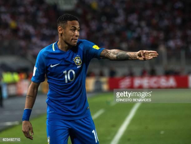 Brazil's Neymar gestures during their 2018 FIFA World Cup qualifier football match against Peru in Lima on November 15 2016 / AFP / ERNESTO BENAVIDES