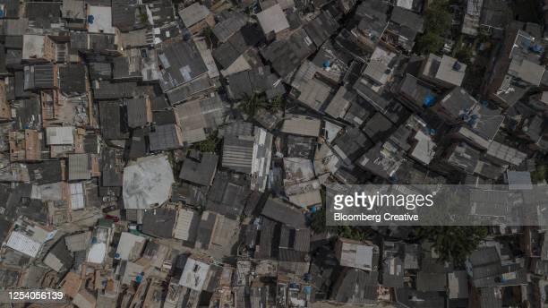 brazil's paraisopolis favela - capitais internacionais - fotografias e filmes do acervo