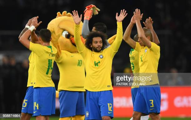 Brazil's players wave after their international friendly football match between Germany and Brazil in Berlin on March 27 2018 / AFP PHOTO / Patrik...