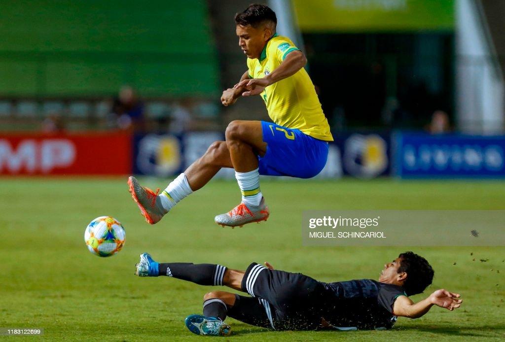FBL-U17-WC-2019-BRA-MEX : News Photo