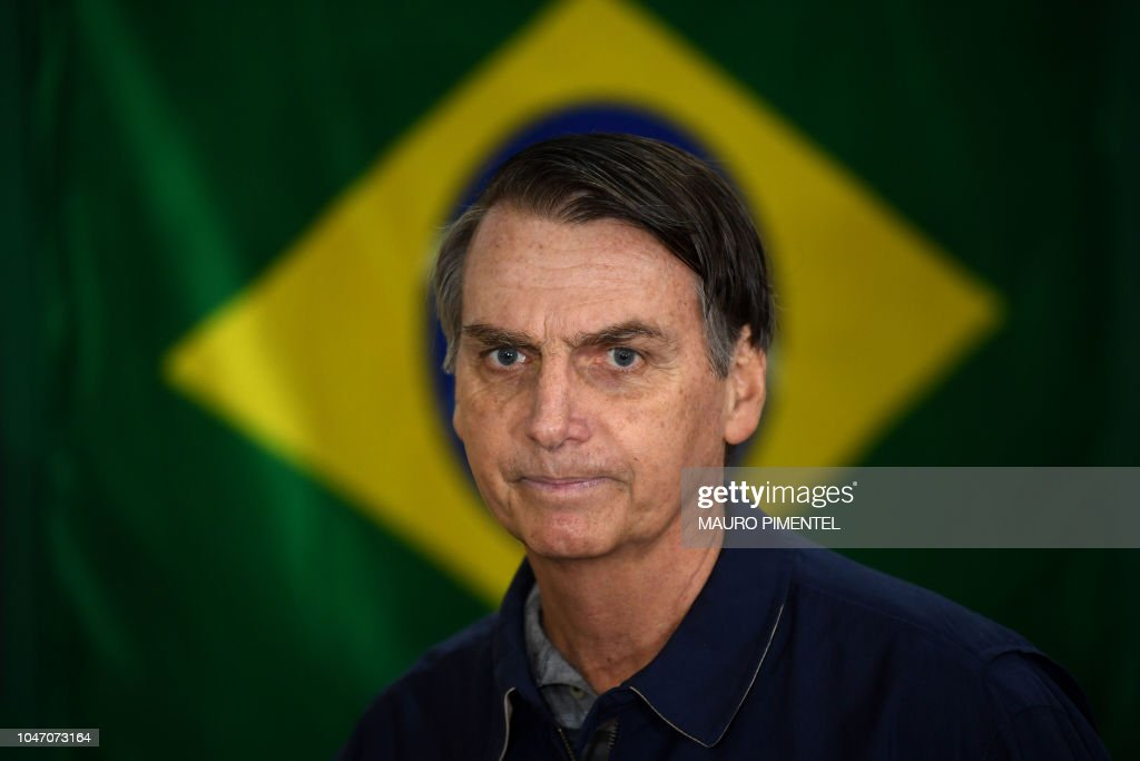 TOPSHOT-BRAZIL-ELECTION-BOLSONARO : News Photo