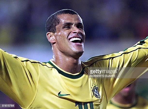 Brazil's Rivaldo celebrates his second goal against Uruguay 18 July 1999 during the Copa America final in Asuncion AFP PHOTO/Norberto DUARTE
