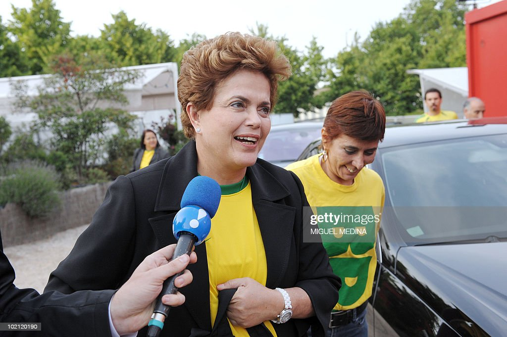 Brazil's ruling left-wing Workers Party candidate for the next October presidential elections Dilma Rousseff (C) arrives prior to watch the screening of the 2010 Fifa World Cup football match Brazil vs North Korea on June 15, 2010 in Paris. Rousseff, a 62-year-old economist who served as energy minister before she became Lula's chief of staff, started today a visit in Europe to meet with European leaders.