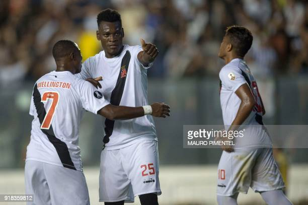 Brazil's Vasco da Gama player Paulao celebrates with teammates after scoring against Bolivia's Jorge Wilstermann during their Libertadores Cup...