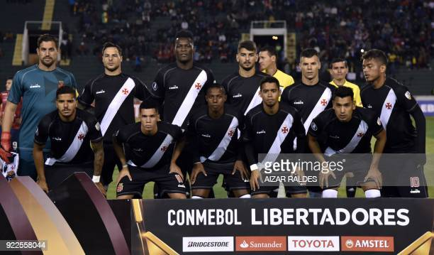 Brazil's Vasco da Gama players pose before their Copa Libertadores football match against Bolivia's Wilstermann at the Patria Stadium in Sucre...
