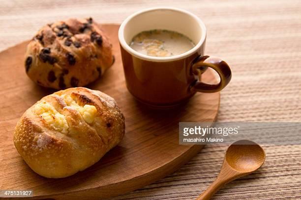 Bread and corn potage