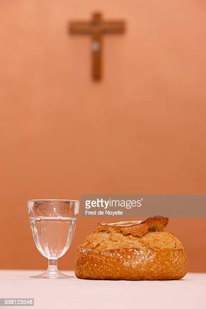 bread and water during lent - lent stock pictures, royalty-free photos & images
