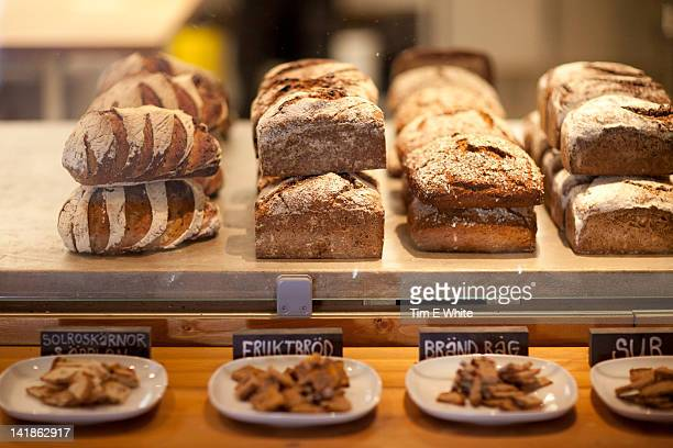 bread display at da matteo's coffeehouse, gothenburg, sweden - gothenburg stock pictures, royalty-free photos & images