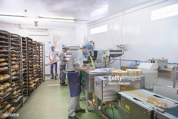 Bread packing production line in small bakery