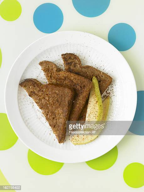 Bread slices with pear