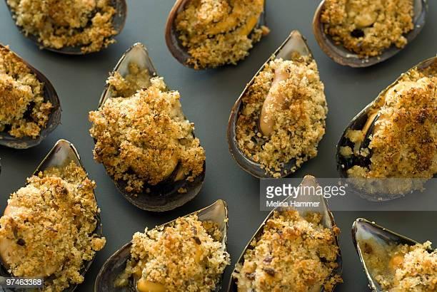Breadcrumb baked mussels