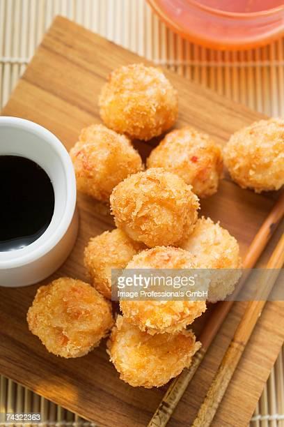 Breaded shrimp balls with hoisin sauce (Asia)