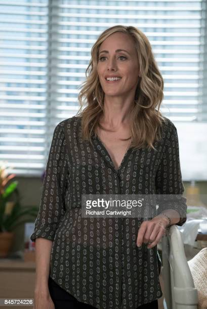 S ANATOMY Break Down the House Meredith and the team are focused on helping Owen's sister after her shocking return and Amelia faces a conflict over...
