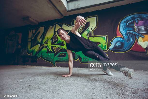 breakdance tricks - breakdancing stock photos and pictures