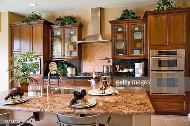 の朝食を自宅で用意 - 古典様式 ストックフォトと画像