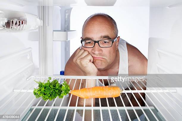 Frühstück carrot Kühlschrank leer Ein deprimierter