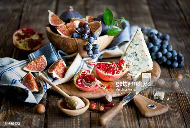 breakfast: cheeseboard - anna verdina stock photos and pictures