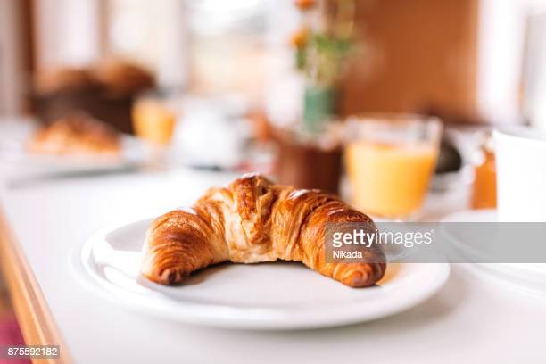 breakfast - croissant on table - breakfast stock pictures, royalty-free photos & images