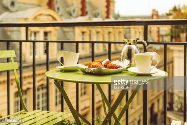 breakfast in paris - french food stock pictures, royalty-free photos & images