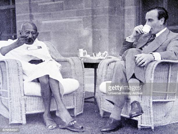 Breakfast meeting between Mahatma Gandhi and Viceroy of India Lord Mountbatten 1947