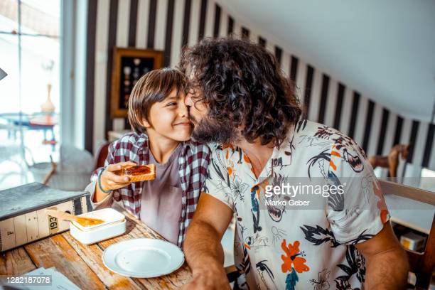 breakfast - family with one child stock pictures, royalty-free photos & images