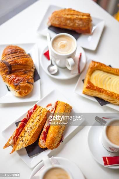 A breakfast setting