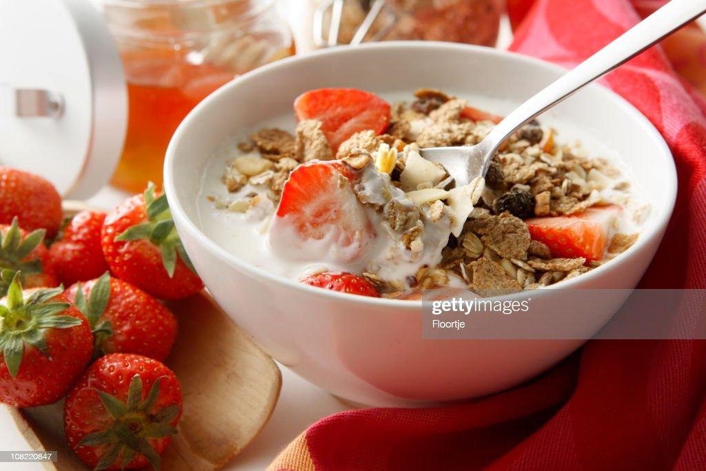 Breakfast Stills: Cereals with Strawberries : Stock Photo