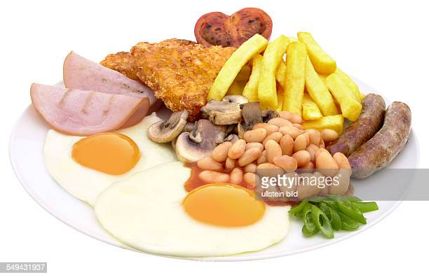 breakfast Twi fried eggs ham mushrooms beans chips and sausages