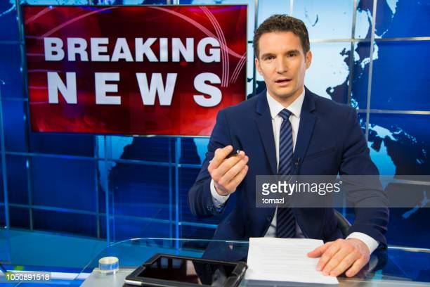 breaking news male anchor - television show stock pictures, royalty-free photos & images
