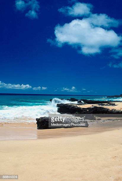 Breaking waves on a beach, Sandy Beach Park, Oahu, Hawaii, USA