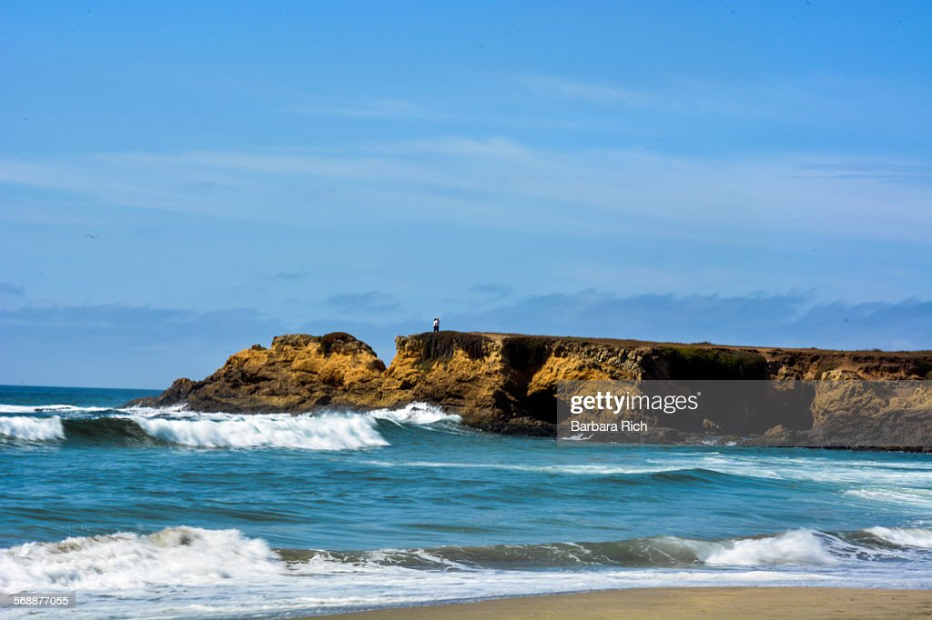 Breaking waves on beach at Ft. Bragg CA : Stock Photo