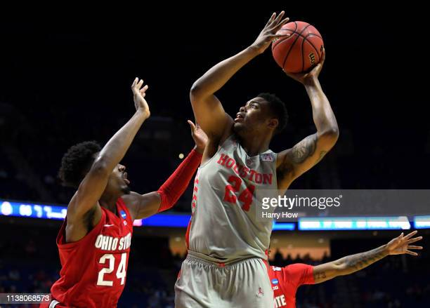 Breaon Brady of the Houston Cougars shoots over Andre Wesson of the Ohio State Buckeyes during the second half of the second round game of the 2019...