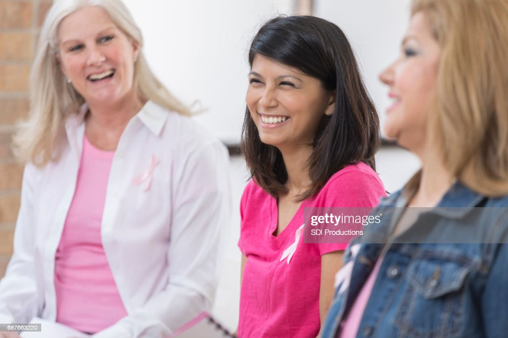 Breast cancer survivors participate in support group : Stock Photo