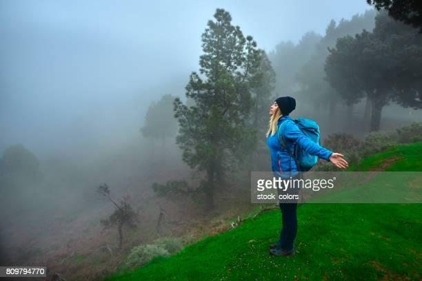 respirar el aire fresco