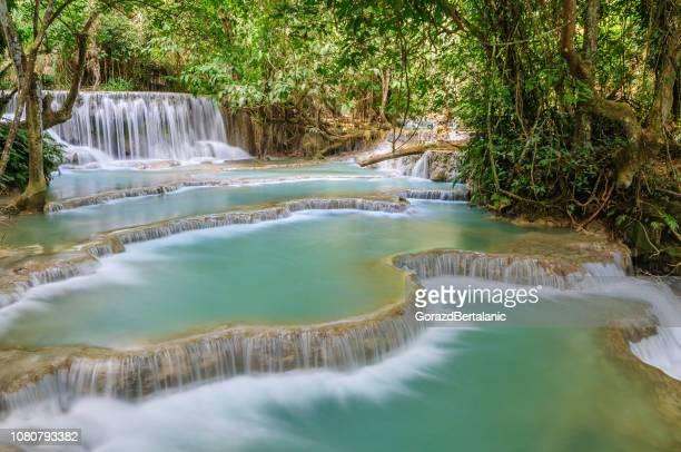 Adembenemende Kuang Si Waterval Cascades, Luang Prabang, Laos