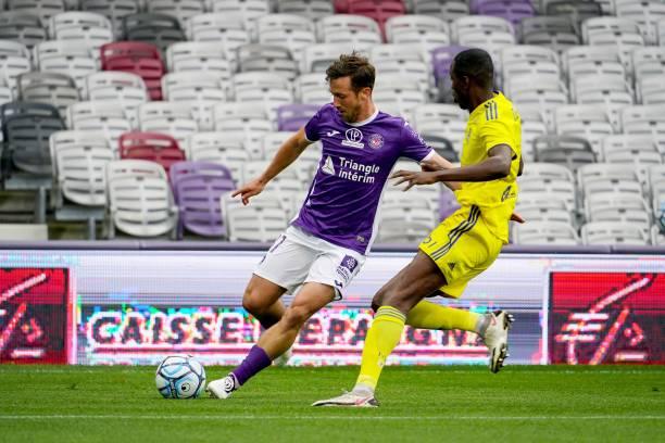 FRA: Toulouse FC v Pau FC - Ligue 2 BKT