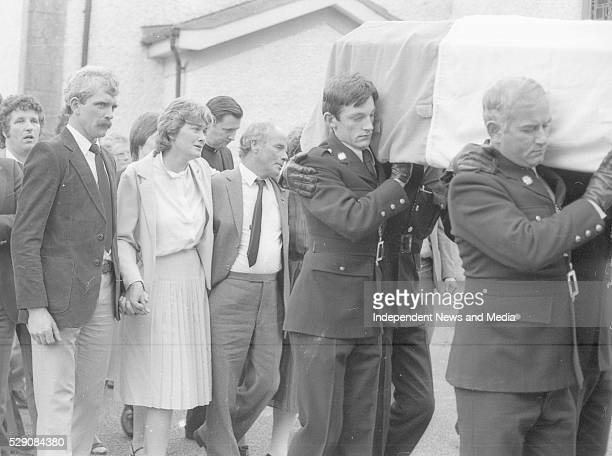Breda Hand and family members of Det Garda Hand who was shot dead by the IRA in the Drumree Co Meath Post Office raid Circa August 1984