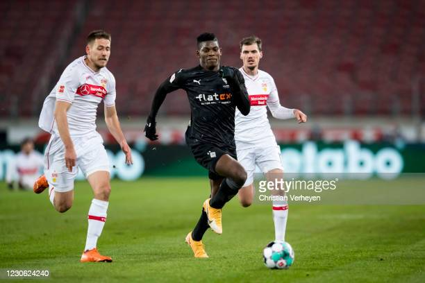 Breel Embolo of Borussia Moenchengladbach in action during the Bundesliga match between VfB Stuttgart and Borussia Moenchengladbach at Mercedes-Benz...