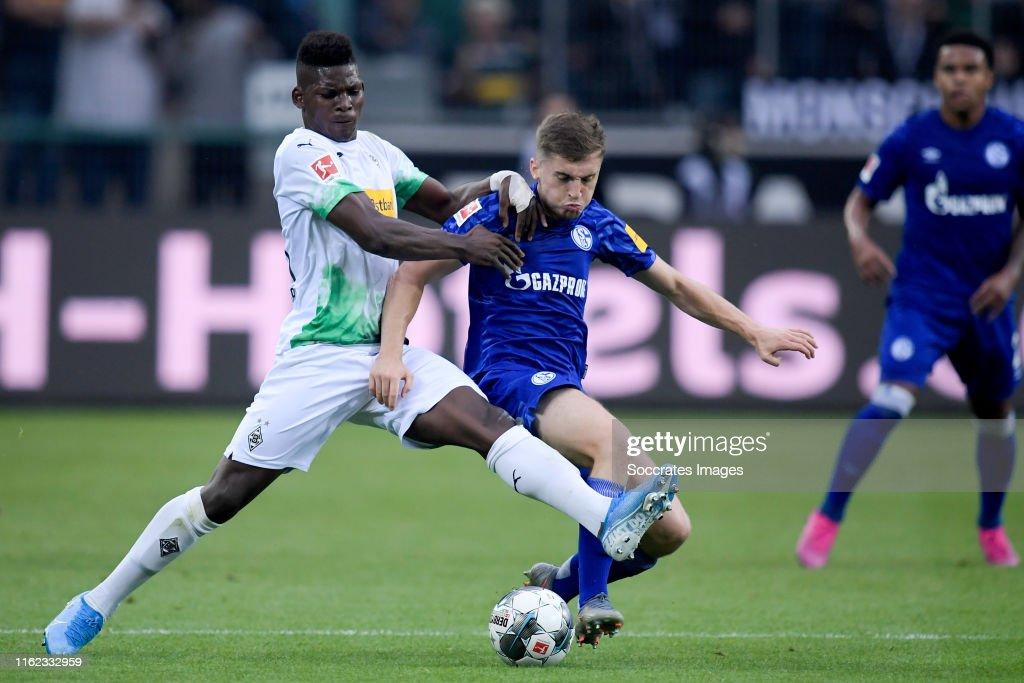 Borussia Monchengladbach v Schalke 04 - German Bundesliga : News Photo