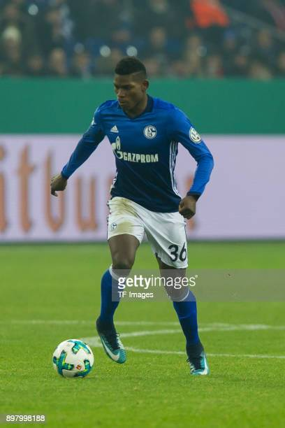Breel Embolo of Schalke controls the ball during the DFB Cup match between FC Schalke 04 and 1 FC Koeln at VeltinsArena on December 19 2017 in...