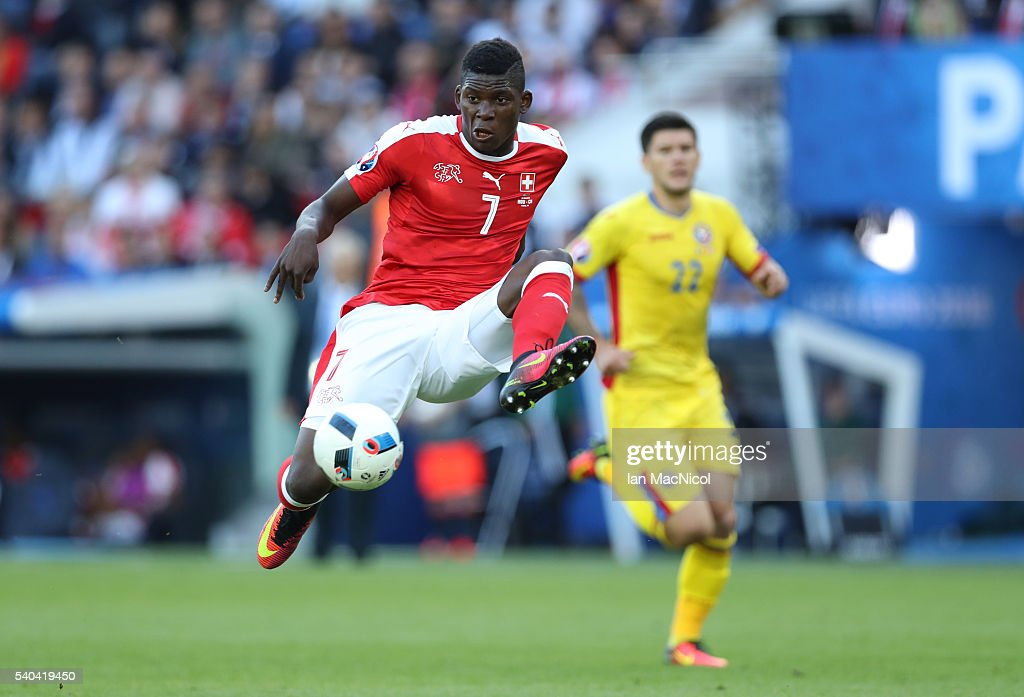 Breel Embolo of Switzerland controls the ball during the UEFA EURO 2016 Group A match between Romania and Switzerland at Parc des Princes on June 15, 2016 in Paris, France.