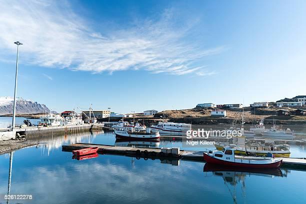 brei��dalsv��k - austurland stock-fotos und bilder