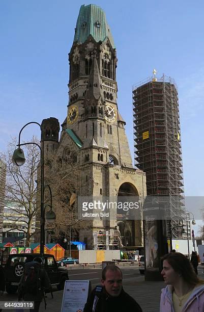 Breitscheidplatz mit KaiserWilhelmGedaechtniskirche fuer BetonSanierung